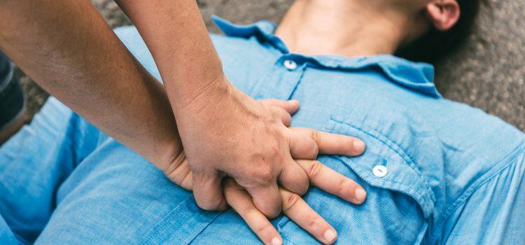 Hjärt och lungräddning – HLR